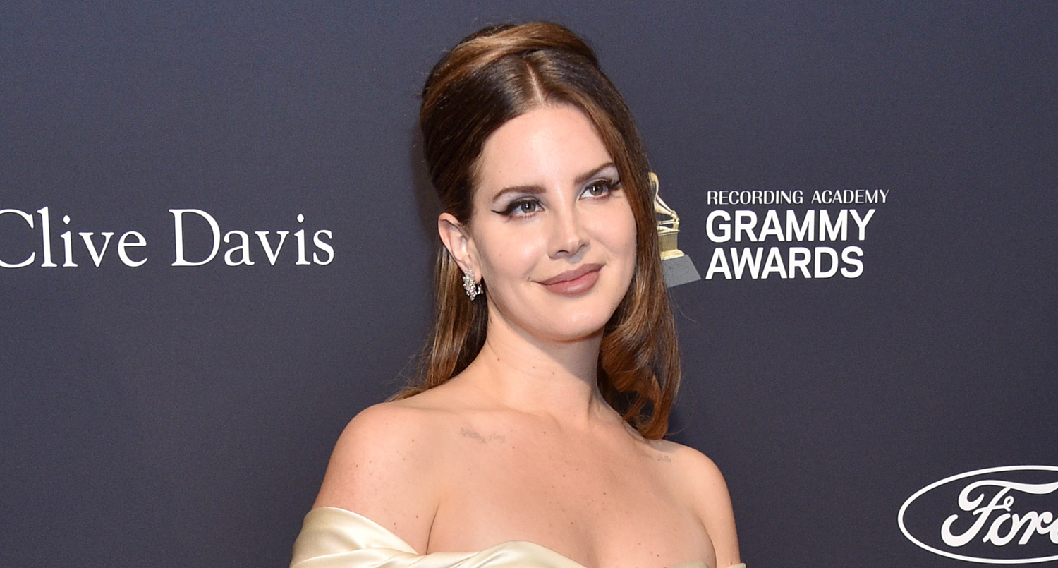 Lana Del Rey Drops New Song Let Me Love You Like A Woman Read The Lyrics Listen Now First Listen Lana Del Rey Lyrics Music Just Jared