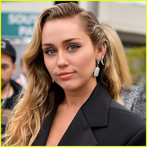 Miley Cyrus Frustrated After Learning Her 'Plastic Hearts' Album Won't Be In Stores Until December