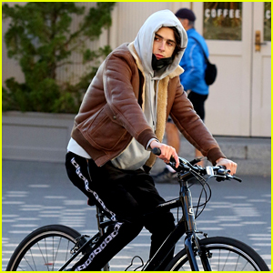 Timothee Chalamet Goes for a Solo Saturday Bike Ride in NYC