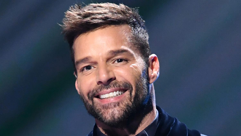 Ricky Martin Bleached His Beard & Looks ...