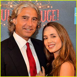 Eliza Dushku Reveals She's Pregnant, Expecting Second Child with Husband Peter Palandjian