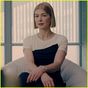 'I Care a Lot' Ending: Rosamund Pike Reacts to [Spoiler]
