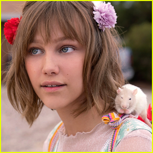 Grace VanderWaal Set To Return For 'Stargirl' Sequel For Disney+