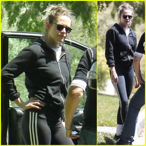 Kristen Stewart Looks Sporty While Visiting a Friend in LA